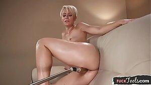 Mummy beauty masturbates with vibrator